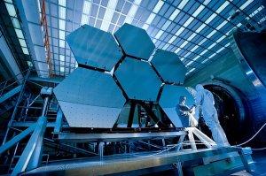 Fertigung von Spiegelzellen für ein Großteleskop